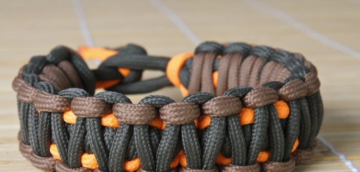 31 Uses for Paracord Bracelets